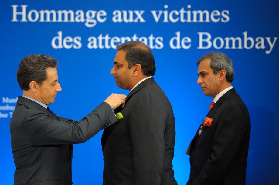 Mary Kate incontri Olivier Sarkozy